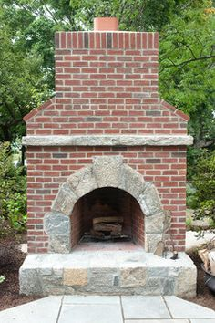 Mixing brick and stone on pinterest traditional family for Mixing brick and stone