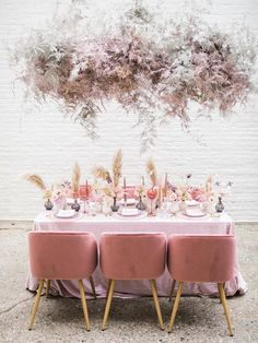 Hold up. This all pink wedding inspiration was in collaboration with the A-team of NYC wedding vendors? Head to #ruffledblog to see why Styled Social is the next big thing for wedding photographers!