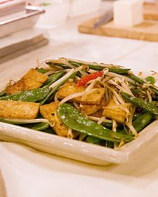 Tofu with Snow peas and bean sprouts