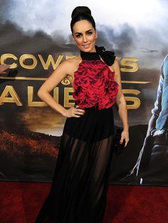 Ana de la Reguera at the Cowboys and Aliens red carpet premiere. Love this dress!