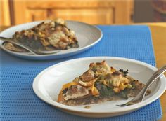 "Caramelized Onion, Shaved Butternut and ""Goat Cheese"" Pizza (#GrainFree, #Vegan #recipe)"