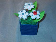 mini-ghiveci cu flori quilling