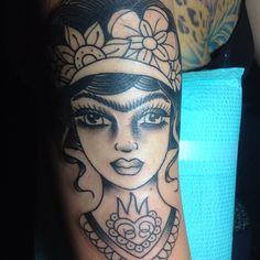 Danielle Colby Cushman Frida Kahlo tatuagem estágios iniciais