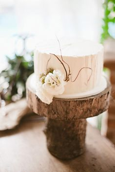 simple elegance, love this cake and plate!  Photography by http://jillianmitchell.net/, Event Design and Planning by http://thedazzlingdetails.com
