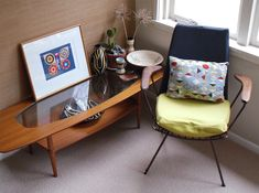 OMG, that #table is gorgeous, and the print is pretty stinking adorable as well.