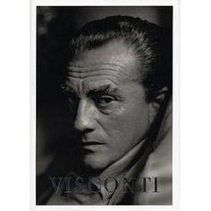 Luchino Visconti (2 novembre 1906, Milan - 17 mars 1976, Rome), descendant de la noble famille Visconti, est un réalisateur de cinéma italien. Il fut aussi directeur de théâtre, metteur en scène et écrivain (Senso, Rocco et ses Frères, Le Guépard, Les Damnés, Mort à Venise, Ludwig, etc.).
