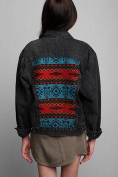 Vintage '90s Woolrich Denim Trucker Jacket #urbanoutfitters #vintage #printed #denimjacket #embroidery