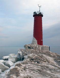 sheboygan photos | Sheboygan Breakwater Lighthouse, Wisconsin at Lighthousefriends.com