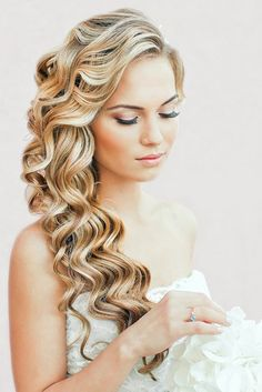 Long hairstyle with curls.