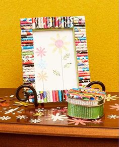 craft kids, recycl craft, recycled craft for kids, magazin frame, picture frames, recycled crafts, recycling ideas for kids, pictur frame, recycled magazines
