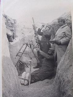 French machine gun. Probably a S.Etienne.WW1