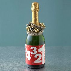 New Year's sparkling apple juice