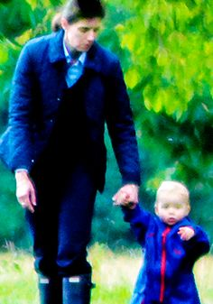 Prince George and his nanny at Kensington Gardens, London OMG I THOUGHT THIS WAS BABY William
