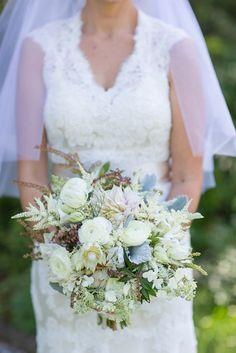 Rustic Ivory Bouquet | J. Harper Photography