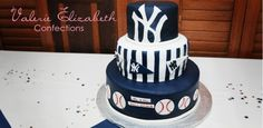 new york yankees wedding cake - HAVE TO HAVE!