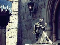 Publican cuentos desconocidos de los hermanos Grimm, en español
