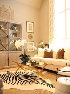 Ask The Decorating Files: Decorating Tall Walls | Decorating Files | decoratingfiles.com