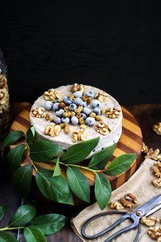 This Rawsome Vegan Life: BLUEBERRY VANILLA CREME CAKE
