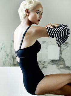 ☆ Carolyn Murphy | Photography by Mario Testino | For Vogue Magazine US | December 2012 ☆ #carolynmurphy #mariotestino #vogue #2012