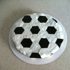 Soccer Ball of Cupcakes!