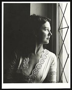 Citation: Dorothea Tanning, 1948 / Robert Bruce Inverarity, photographer. Robert Bruce Inverarity papers, Archives of American Art, Smithsonian Institution.