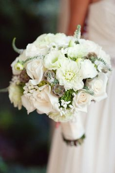 Beautiful creamy white bouquet! Photography by birdsofafeatherphoto.com, Floral Design by sadhnasfloralstudio.com