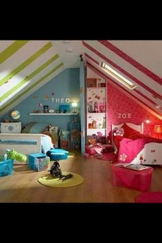 Great way to decorate a shared bedroom