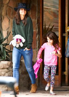 Suri's in South Africa!