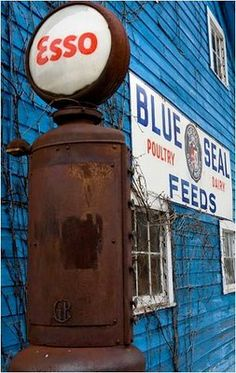 buffalo, connecticut, backdrops, vintage signs, barns, blues, old gas stations, historical homes, gas pumps