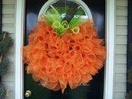 the doors, tulle wreath, halloween door, halloween pumpkins, front doors