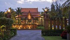 Anantara Hua Hin Resort & Spa: Just three hours south of Bangkok, the Anantara Hua Hin is a seaside escape in a regal setting.