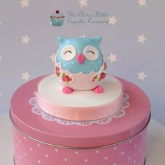 Owl Cake Topper - by CleverLittleCupcake @ CakesDecor.com - cake decorating website