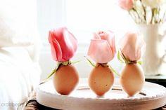 Uova portafiori, idea per la tavola di Pasqua