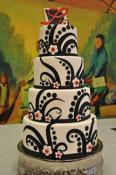 idea, cake design, white, wedding blog, wedding cakes, designer cakes, black, unique weddings, tribal tattoo