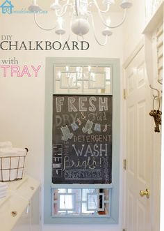Diy Chalkboard with Tray via remodelandolacasa.com -Y