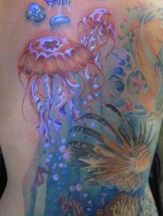 blacklight, black, light, jellyfish, jelly fish, ocean, sea, underwater, under, water, tattoo