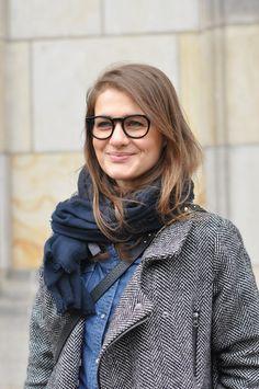 coat, scarf, glasses