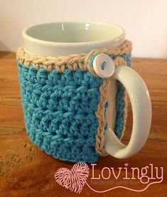 Marion's mug warmer cozy by Marion Hassold