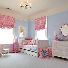 Girls Room, CUTE! :: Window Dressings! #daybed #Pink #blue #romans