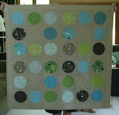 Love this quilt.  Love all circle quilts, really, but this color scheme specifically.