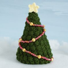 Christmas Trees crochet pattern : PlanetJune Shop, cute and realistic crochet patterns & more
