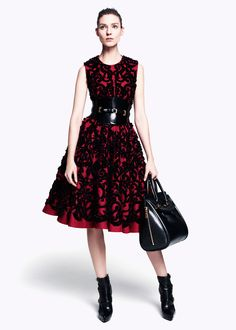 Alexander McQueen Pre-Fall 2012 - Review - Vogue