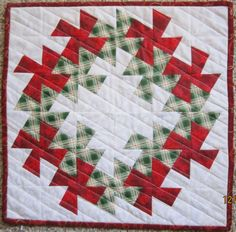 Christmas Wreath Quilt.