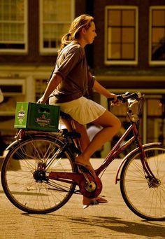#WomenDrinkingBeer #bicycles #sexy #bike #beer