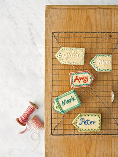 #Sugar Cookie Name Tags - #Homemade Food Gifts - #Christmas Traditions #Holiday Baking