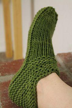Ravelry: otismurph's Cushy X-mas Slippers slipper pattern, xmas slipper