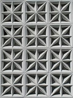 Tangle Zenspiration ~ MGM concrete screen byHeather David