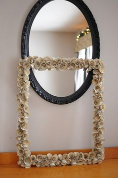 Refashion the mirror into original and creative display piece. Mirrors and photos are usually on display somewhere in the home; upgrade your plain mirrors with the unmistakable appearance of beautiful and elegant frames. These refreshing DIY ideas will give a new look and feel to your mirror and to your room.