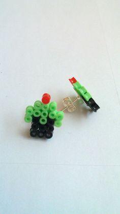Mint cupcake earrings ;D (Mini hama beads)