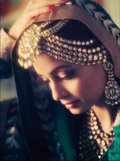 fashion, indian princess, indian weddings, indian jewelry, indian beauty, brides, dia mirza, bohemian style, bride groom